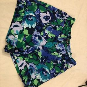 New York & co 7th ave dressy blue floral shorts 8